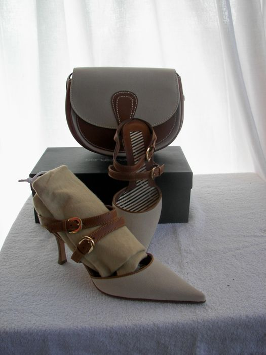 Sergio Rossi - Decolleté shoes coordinated with bag