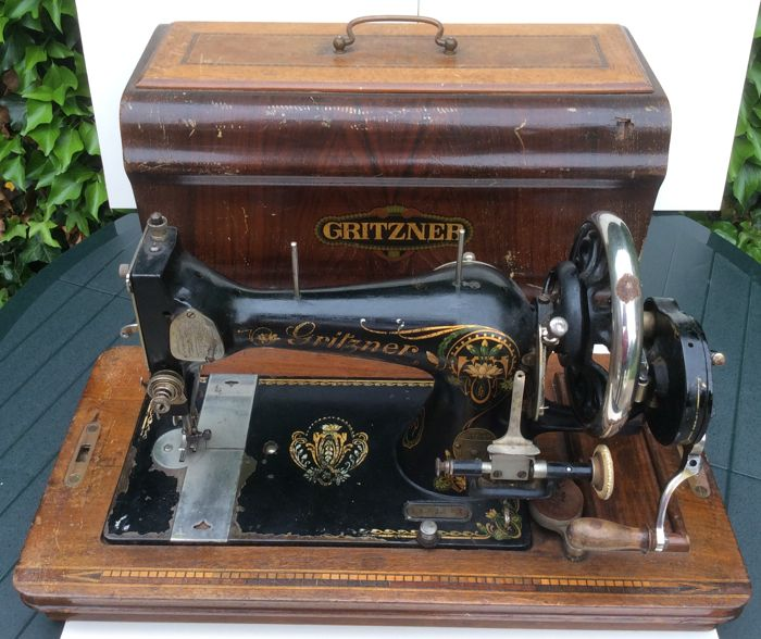 Gritzner Durlach hand sewing machine - Germany - First half 20th century