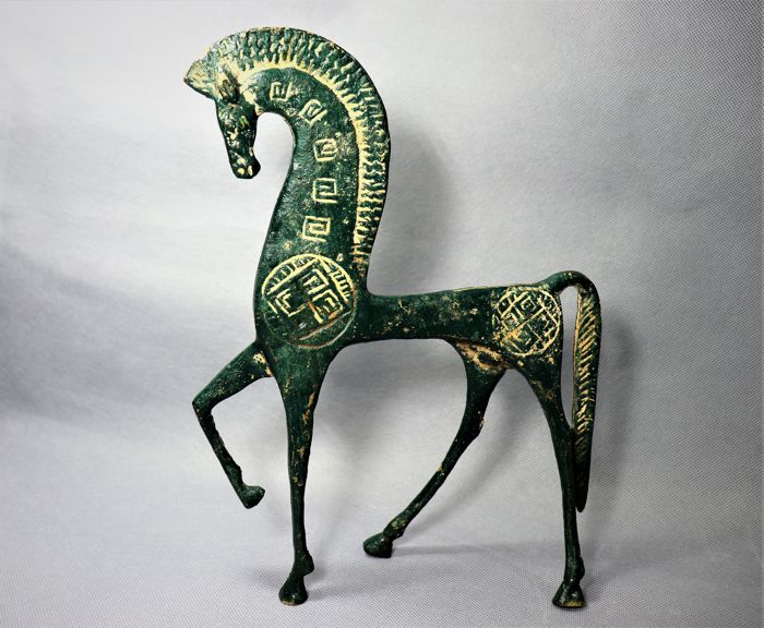 Beautiful horse - bronze alloy (brass) - second half of the 20th century