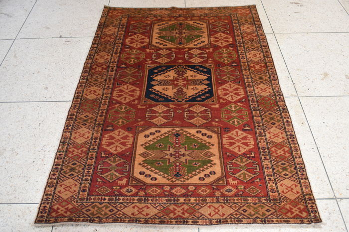Hand made Shirwan Rug 182 x 120 cm