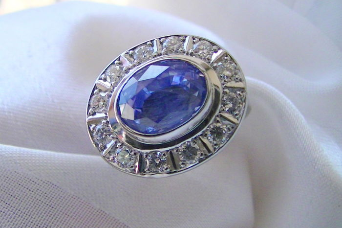 Sapphire brilliant ring, 3.6 ct, top colour, 585 white gold - 51-16.3