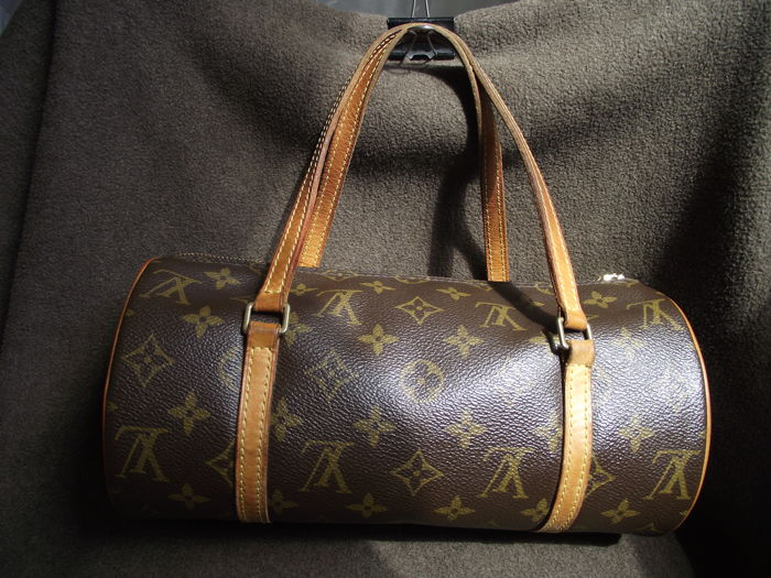 Louis Vuitton - Papillon 30 Shoulder bag