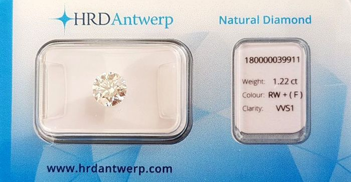 1.22 ct - Round Natural Brilliant Cut Diamond - F - VVS1 - Excellent Cut - Laser Inscription
