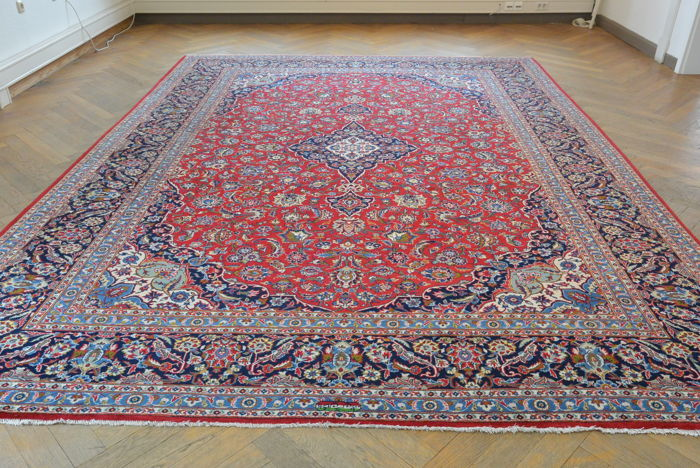 Beautiful Persian carpet. Sarough, Keshan, 389 x 289 cm