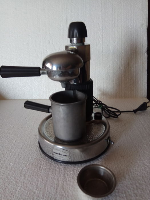 Electric coffee maker, vintage
