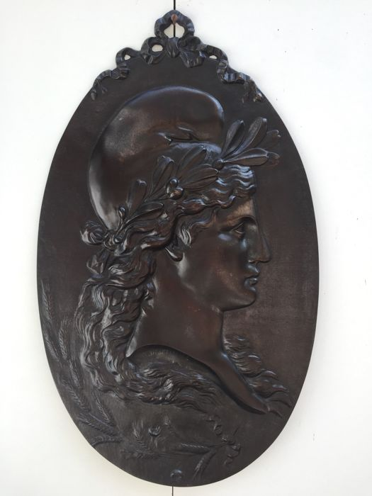 Large bronze signed plaque with a relief portrait of 'Marianne' - France - 19th century