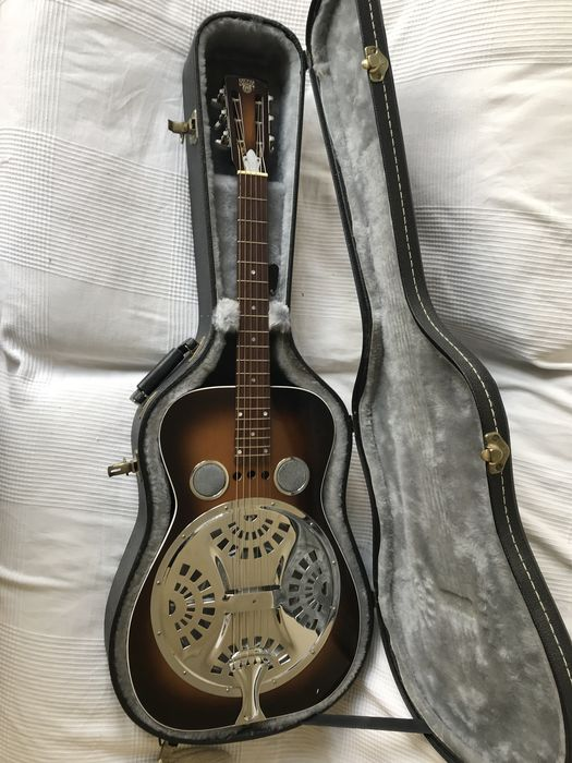 Fascinating DOBRO resonator guitar - model 60 D 1995 - as new