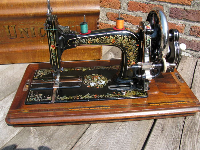 Unicum - Antique sewing machine, first half 20th century, the Netherlands