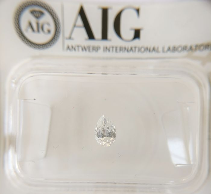 0.20 ct Pear cut diamond D VS2 *** No Reserve ***