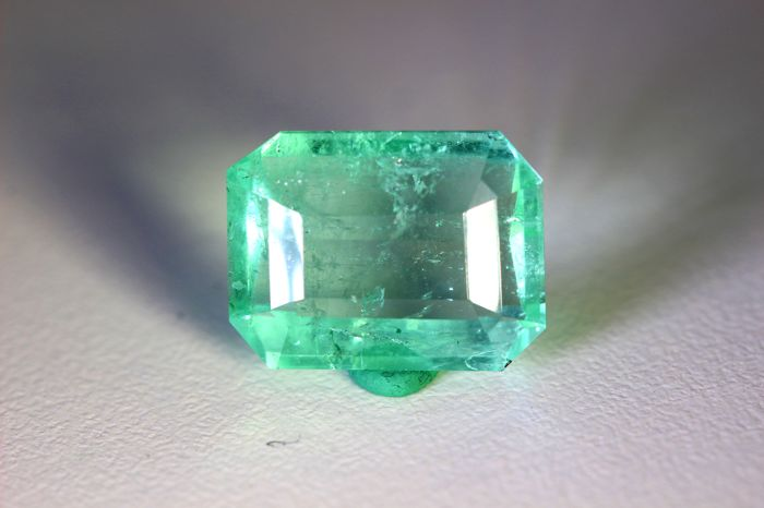 Emerald - 8.87 ct - Colombia