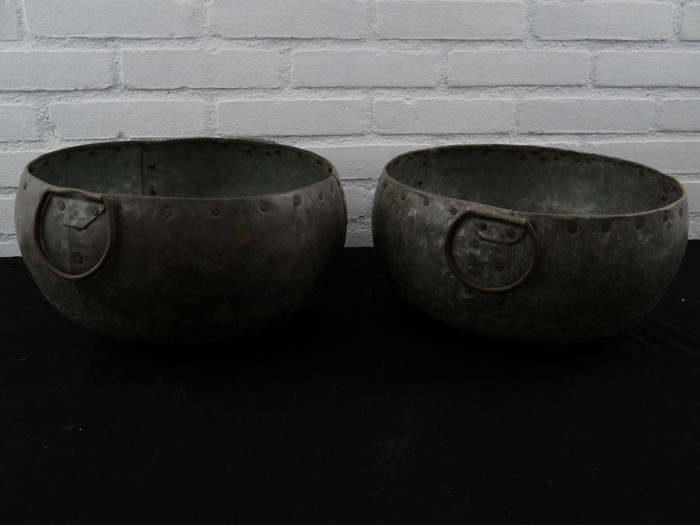 2 beautiful metal bowls
