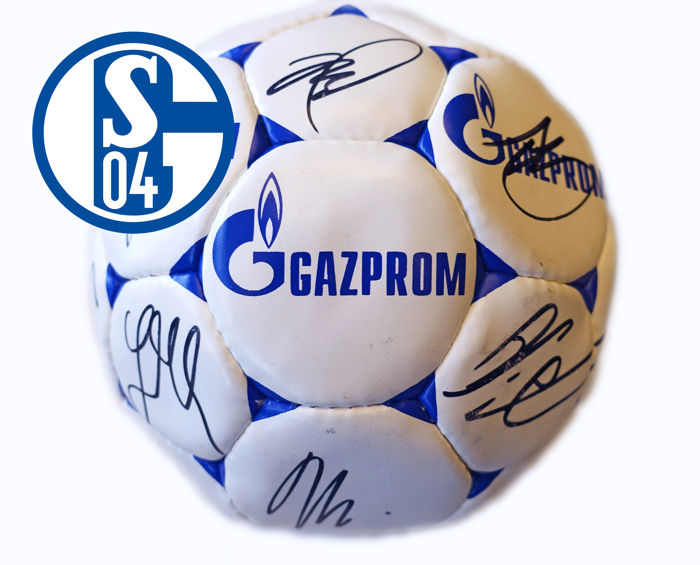 Schalke 04 football - signed by the entire team - 2014/2015 season