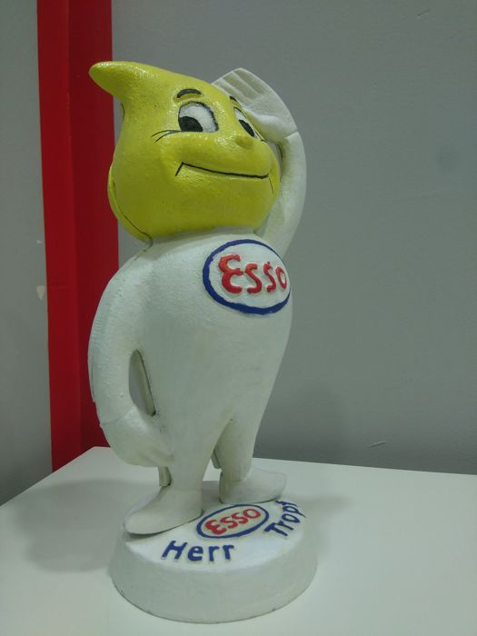 ORIGINAL ESSO HERR TROPF heavy MONEY BOX. 80s