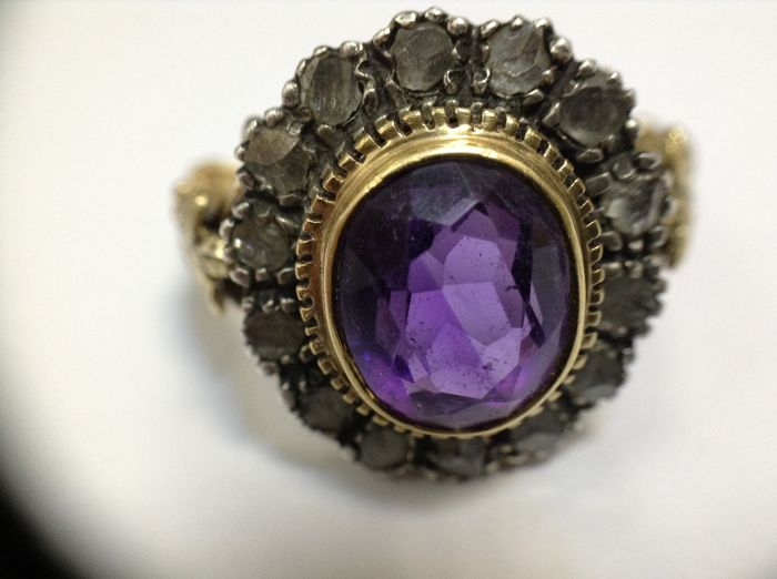 Cocktail ring, 18k gold, silver, amethyst 4-5 ct, diamonds 0,28ct.