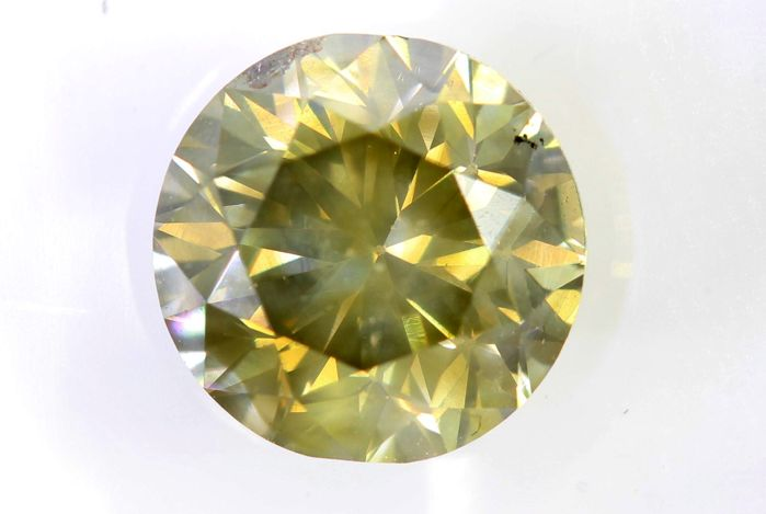 AIG Diamond - 1.71 ct - Fancy Greenish Yellow, SI2