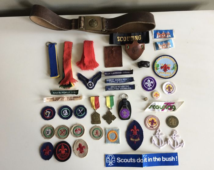 Collection of vintage Scout Association objects, the Netherlands - 41 items