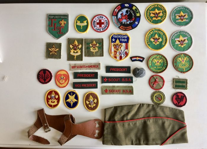 Collection of vintage Scout Association objects - USA, Boy Scouts of America - 40 items