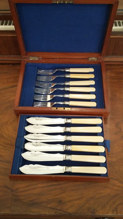 B W &Son EPNS A1 silver plated  cutlery set 6knives &6forks with sterling silver ferrulles.made in uk.