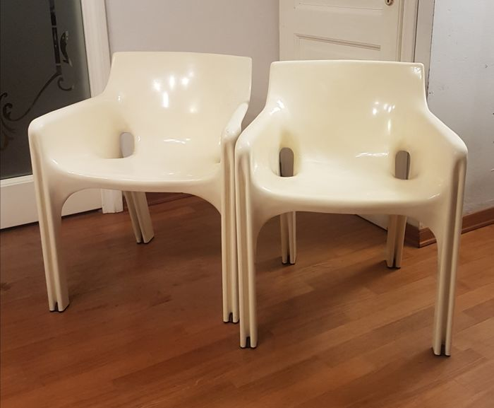 Vico Magistretti for Artemide - pair of Gaudi chairs