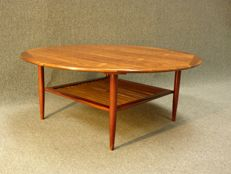 Designer unknown - Vintage teak coffee table