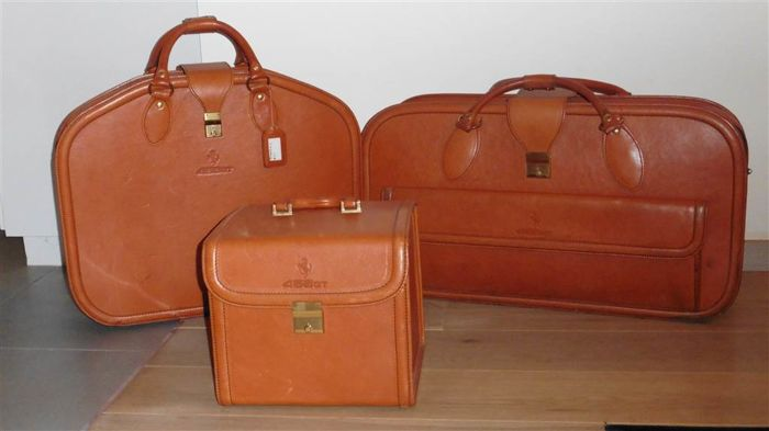 Ferrari luggage set 456 GT
