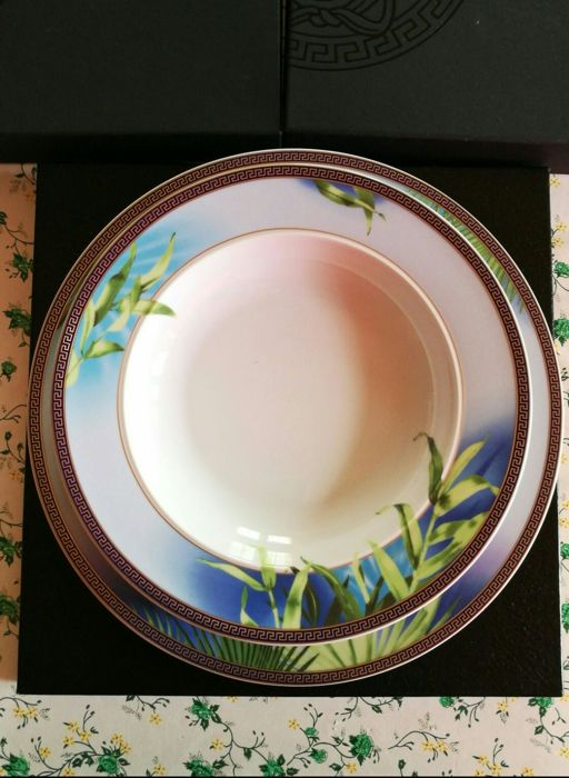 Rosenthal for Versace - Set of plates - decorated with jungle pattern (18 pieces)