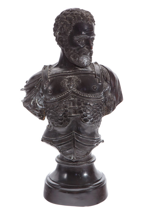 "After Benvenuto Cellini - bust of ""Cosme I de Medici"" in bronze - Italian school from the 19th century"