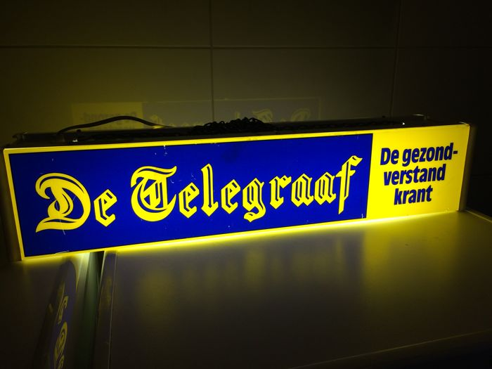 Telegraaf advertising light box (1980s?)