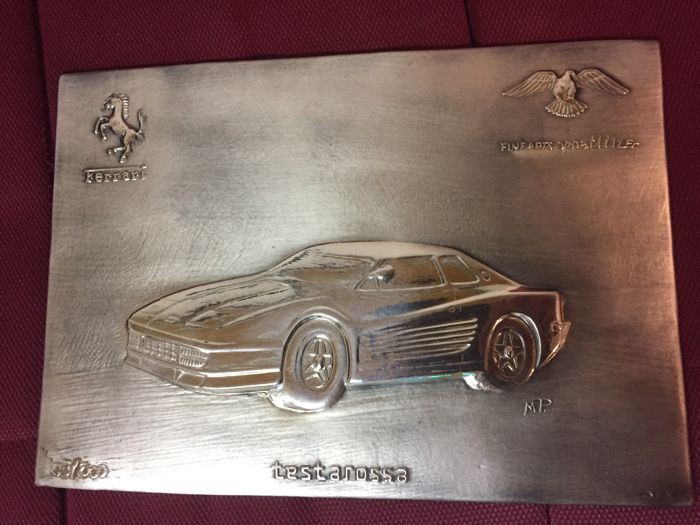 Framework with silver Ferrari Testarossa plate in limited edition no. 85 of 400 copies
