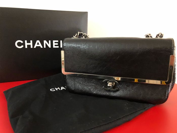 Chanel - Glazed Calfskin SIngle Flap Bag Bolso de bandolera