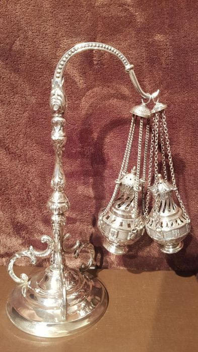 Thurible holder with a pair of thuribles in silver - Spain, ca. 1900