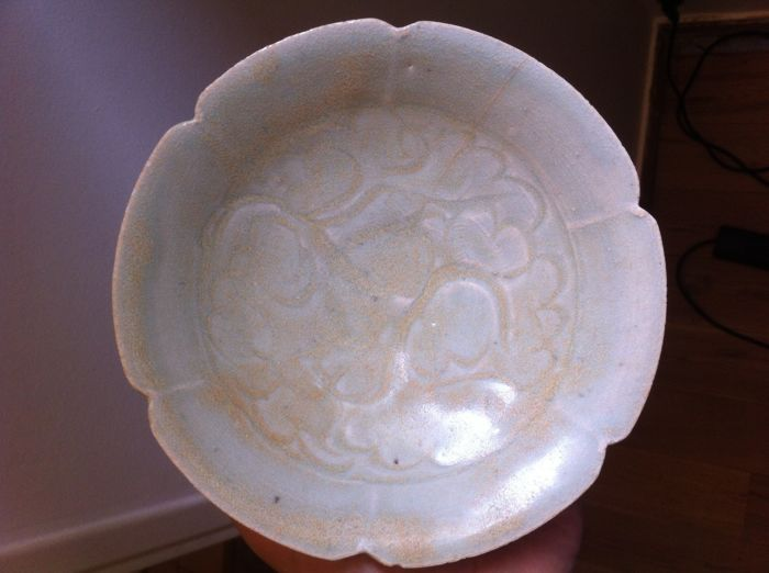 Bowl with polylobed border in a celadon glaze - China - late YUAN or early MING - 14th/15th century