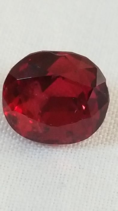 Red spinel - 2.13 ct