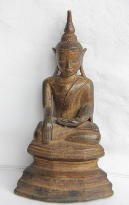 Buddha figurine, Shan style - Burma - Second half of 20th century