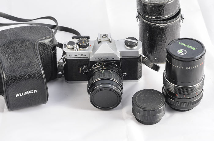 Fujica ST 605 N with three M42 objectives and a case