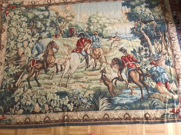 Paris-Aubusson tapestry. Manufacture Robert Four. Numbered object 468.