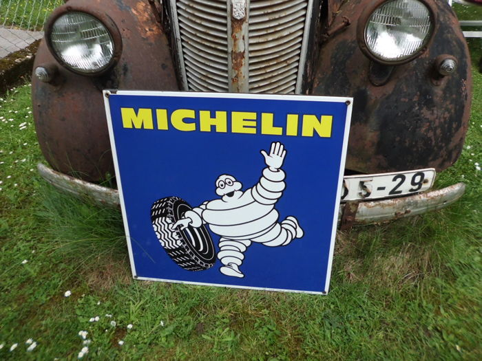 Enamel sign - Michelin, 65 x 65 cm - Between 1950 and 1975!