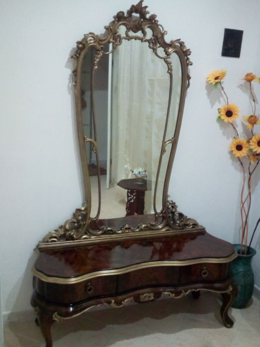 - Vanity table in Baroque style - Italy, early 20th century