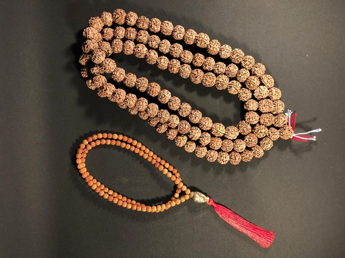 Set of 2 Rudraksha Mala Tibet - late 20th century