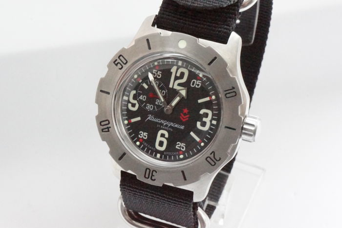 Vostok - Komandirskie Automatic Russian military watch mint - Homem - 2017