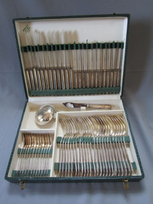 Antique art nouveau cutlery set - 62 pieces - Original packaging - Early 20th century - Marked PG - 120 silver-plating - Perfect condition