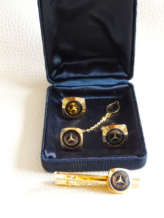 Mercedes Benz complete set: Cufflinks, tie clip and tie pin - ' 70s
