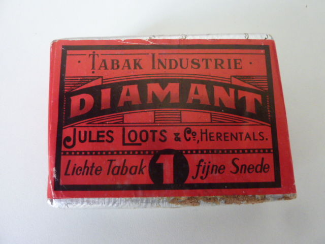 Unopened Pack Diamant tobacco – Jules Loots & Co-Herentals - 1930s