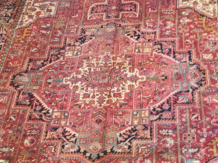 Hand knotted Persian rug - Heriz size 396 x 316 cm - Iran -