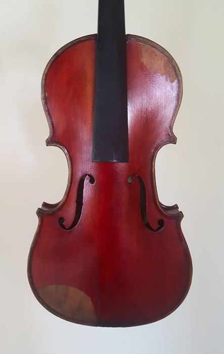 Old Antique violin with french label