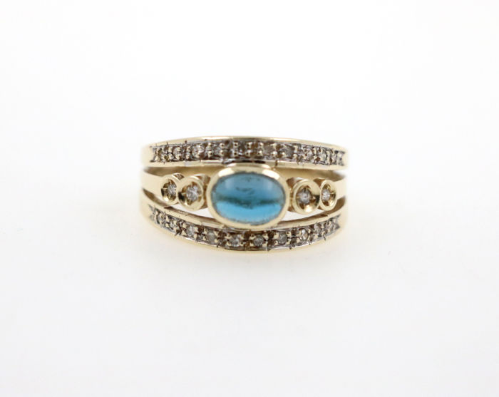 14 kt ladies' yellow and white gold ring with cabochon sapphire 0.50 ct and diamonds 0.50 ct SI H - 53 EU