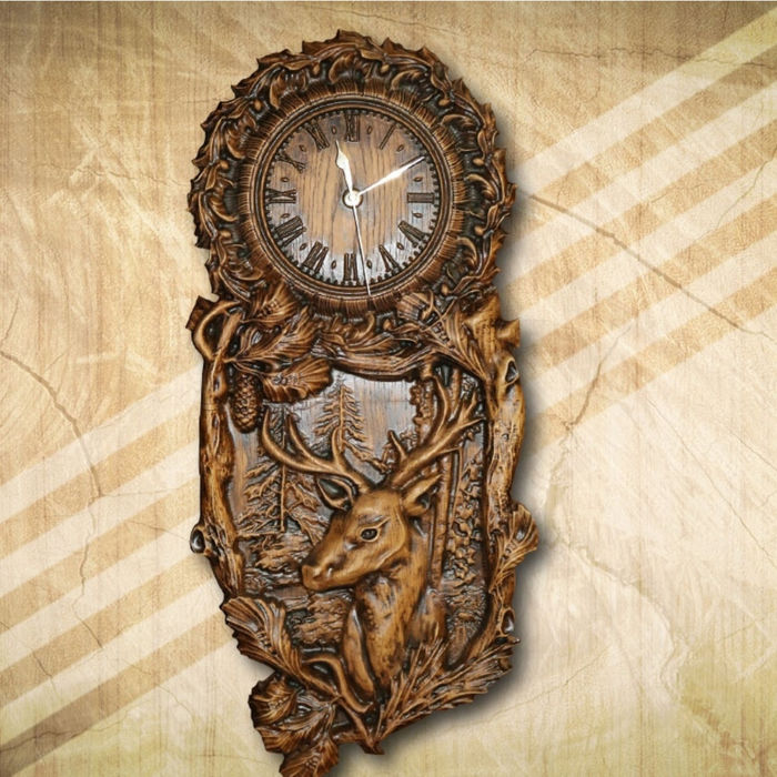 Wooden wall clock with deer pattern