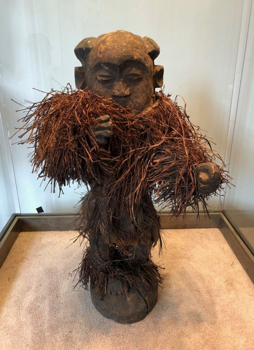 Large ancient wooden ritual doll - PENDE - Former Belgian Congo