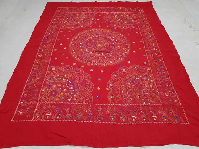 Indian Bed Spread hand made 285 cm x 194 cm.
