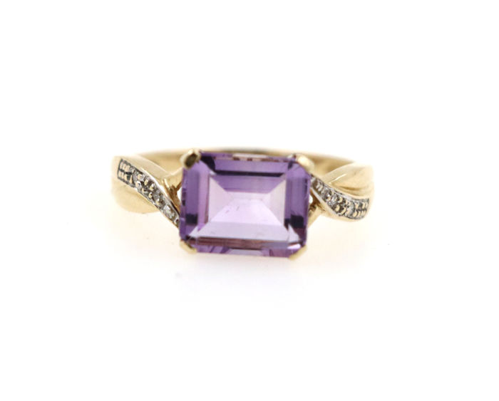 Gold ring made of 14 kt gold with 0.08 ct diamonds and amethyst - ring size: 56 (EU) - free size adjustment